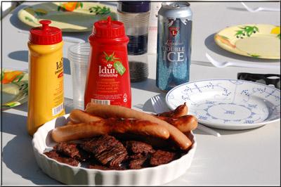 Digg med ekstra gode pølser og hjemmelagde hamburgere.
