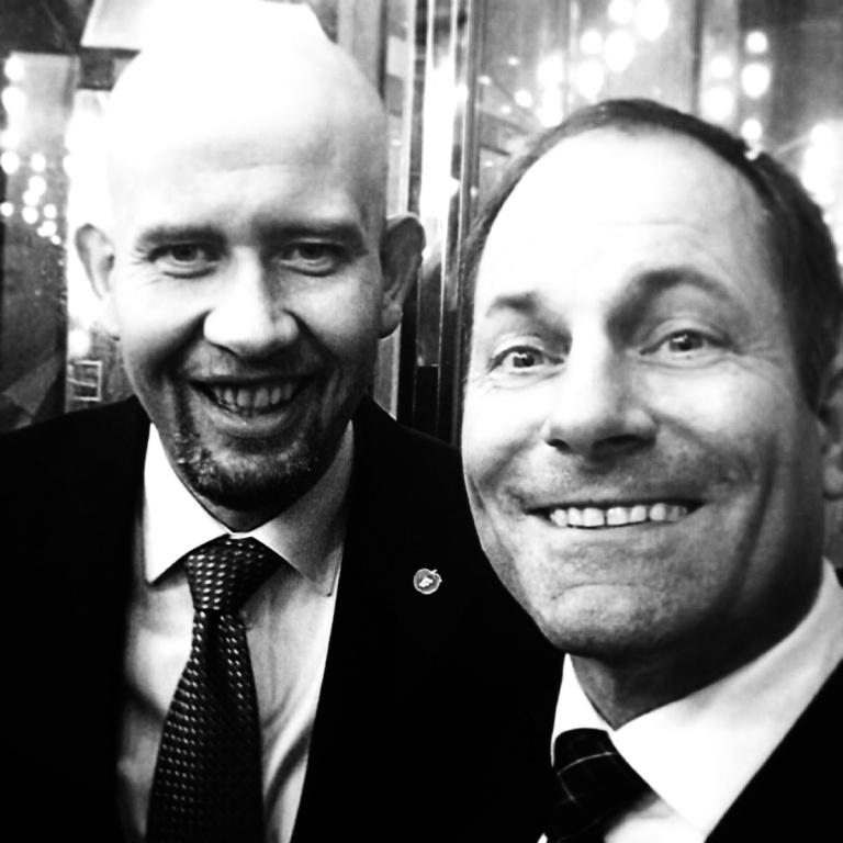 Så var jeg på heistur med olje- og energiminister Tord Lien. Vi oppførte oss pent selv om det ble en litt sen aften.