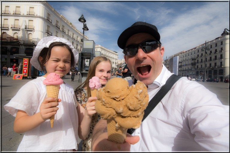 Barn liker iskrem. Pappa liker det enda bedre :-)