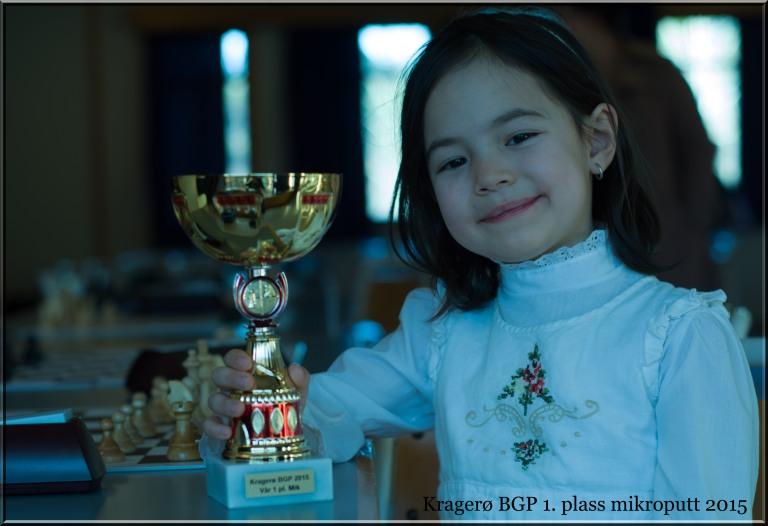 Stolt pappa da Lykke-Merlot dro hjem første premien i sin klasse. En jente som ikke er mer enn seks år.