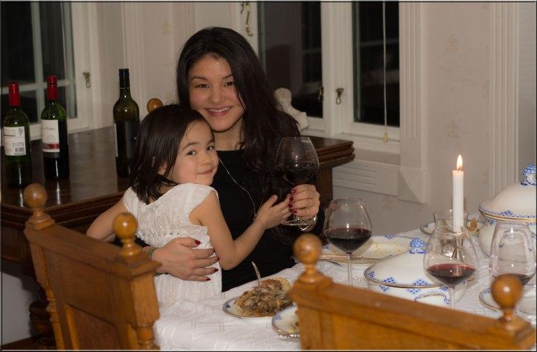 Julie Chardonnay studerer i Kina dette året. Derfor har jeg hentet et bilde fra julen 2014. Savner Chardonnay veldig mye.